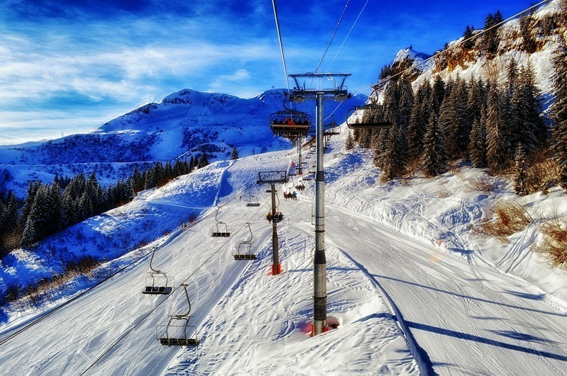 ski-slope-bright-sky