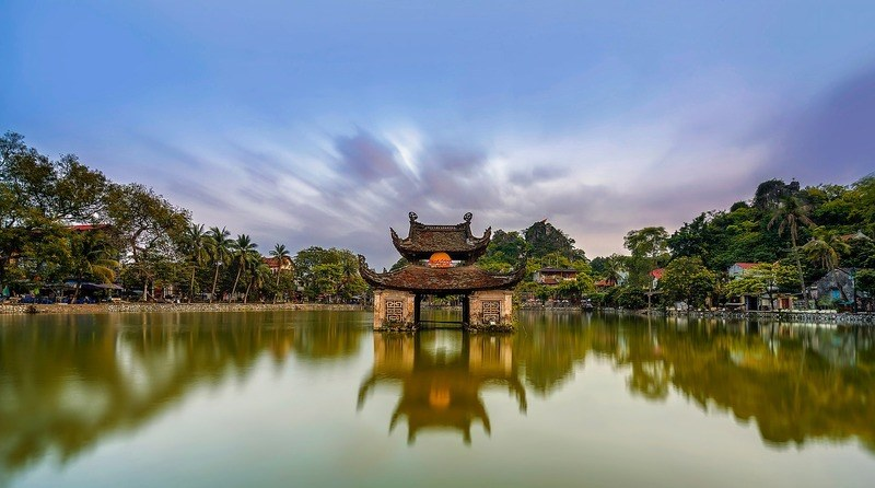 temple-on-the-lake-vietnam