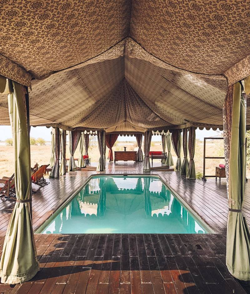 botswana-jacks-camp-outside