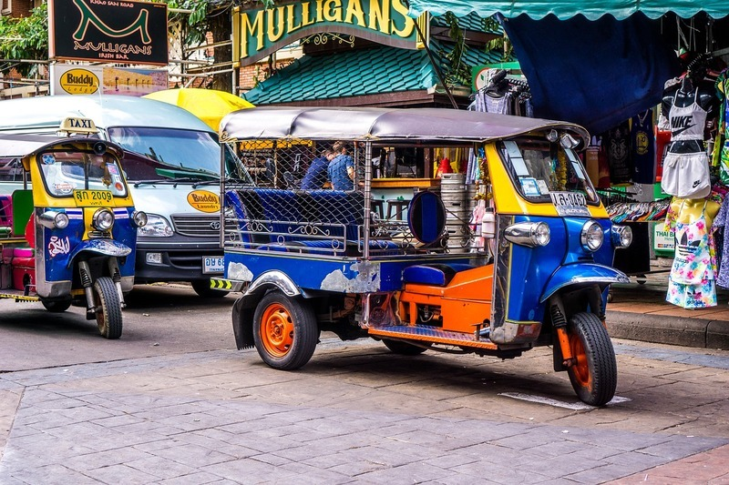tuk-tuk-to-gemshops