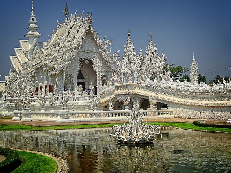 white-temple-thailand