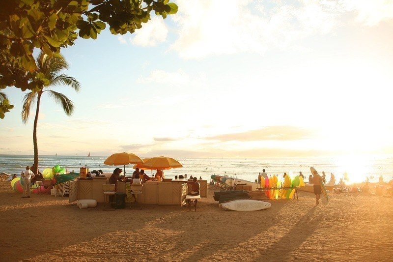 sunset-hawaii-beachfront