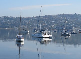 Boats-in-Knysna-lagoon