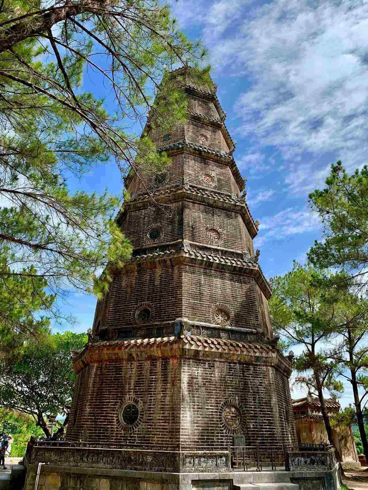 Thien Mu Pagoda and blue sky