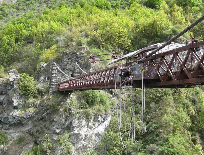 Kawarau Bridge and its famous bungy jump into the river below
