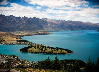 Queenstown's Lake Wakatipu from the gondola