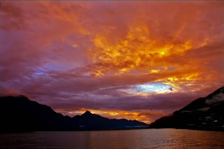 Sunset over Lake Wakatipu and Queenstown